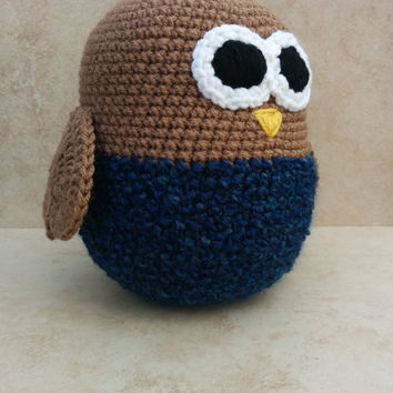 Crochet Owl Soft Toy.Denim blue owl. Denim blue toy. Soft and cuddly! Gift for Baby. Heart wings.