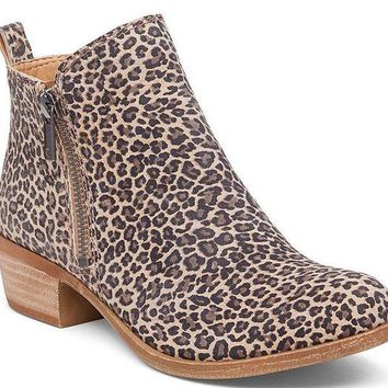 DCCKAB3 Lucky Brand Basel Sesame Persian Leopard Leather Booties