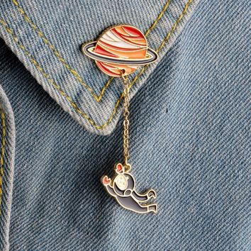 Trendy 1 pcs creative planet rabbit pilot metal brooch button pins denim jacket jewelry pin decoration badge for clothes lapel pins AT_94_13