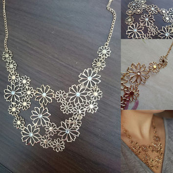 Design western style Multilayer Pendants Rhinestone gold hollow flowers necklace jewelry statement
