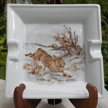 Large Limoges ash tray with a beautiful running hare, French ashtray with hare, Limoges, ashtrays, animal ashtray,