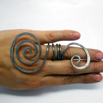Big and simple wire wrapped swirl women ring - unique long hammered ring - big bold statement jewelry in silver hypoallergenic wire