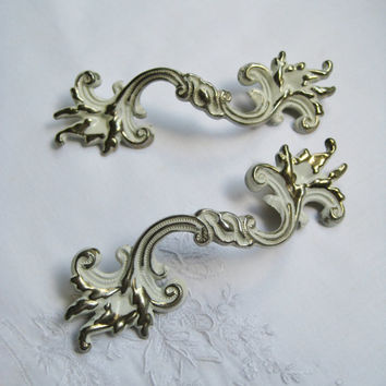 Vintage French Provincial Drawer Handles Shabby Drawer Pulls 5 Inch Ornate Drawer Handle Metal White Color Craft USED Clean Condition
