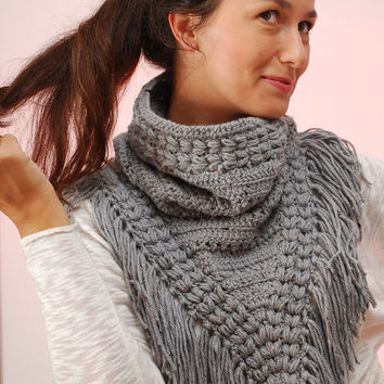 Crochet Chunky Triangle Neck, Big triangle cowl, unusual scarf, hippie style cowl, merino wool neck, fringe gray cowl, winter fringe scarf.