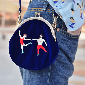 HOT! YIZI women Vintage bag Velvet Embroidery Women Messenger Bags In Semi-circle Round Shape Original Designed
