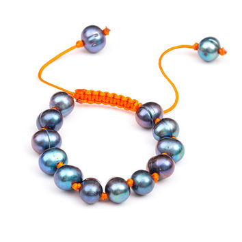 Meridian Avenue | Peacock Pearl Bracelet (Multiple Colors)