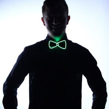 Light Up Bow Tie- Green