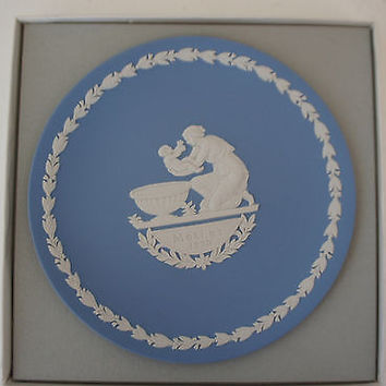Vintage Jasperware China by Wedgwood 1973 Mothers Day Plate Pale Blue England