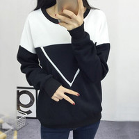 New Women V Letter Pullover Sweatshirt Black and White Spell Color Patchwork Hoodies Tracksuit