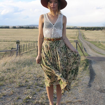 Vintage Spring Floral Print Tan Green Midi / Maxi Full Flowing High Waist Beatnik Long Pleated Skirt