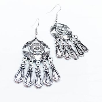 Ethnic Retro Palace Style Classical Bohemian Droplets Tassel Earrings Carved Geometry Jewelry For Women