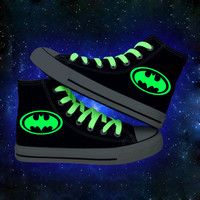 Superhero Batman Superman Glowing High Quality Men Canvas Shoes Fashion High Top Women Luminous Casual Shoe Breathable Plus Size