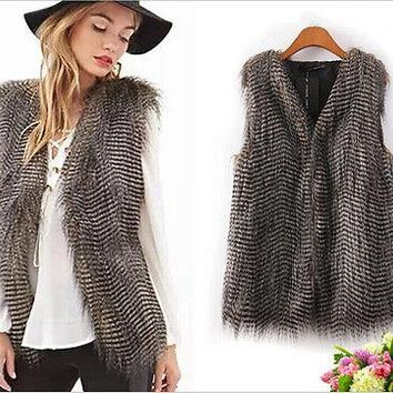 2018 Women New Style Fashion Hot Vintage Trendy Celeb Faux Fur Slim Waistcoat Vest Jacket Vest Coat Tops