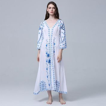 VERHELLEN Women Bohemian Vintage Ethnic Flower Embroidered Cotton Tunic Long White Maxi Dress Hippie Boho Dress Vestidos