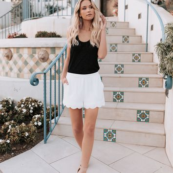VICI As Ever Scalloped Pocketed Shorts -Off White
