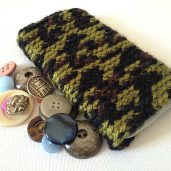 Galaxy S4 Case, Crochet Samsung Case, Galaxy S3 Sleeve, Camouflage Patter, Hand Crochet Phone Sock, Safari Pattern,Crochet Sleeve iPhone 5