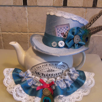 "4"" tall mini top hat - Steampunk, Burlesque, Rockabilly, Victorian, Vintage, Alice in Wonderland, Mad Hatter, Tea Party, Gothic or Bridal."