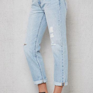 VONE05W Levi's 501 CT Ripped Cropped Jeans