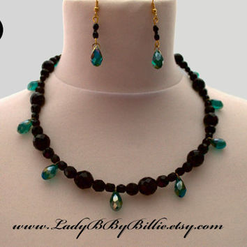 Jewellery Set - Emerald Pieces Black Faceted Beads Hollywood Glamour