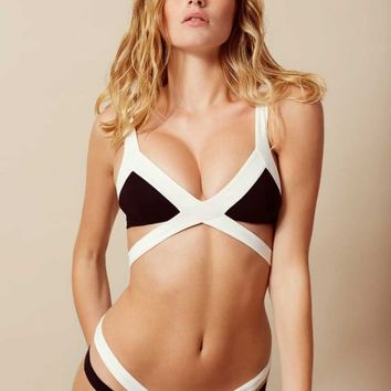 Mazzy Bikini Top White And Black