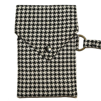 Cell Phone Wallet - Houndstooth pattern - Black and white - Phone Wristlet - Iphone Wallet - Smartphone