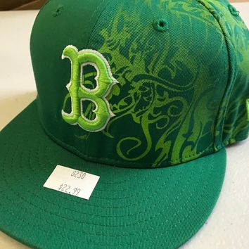NWT BOSTON RED SOX NEW ERA 5950 GREEN TRIBAL DESIGN YOUTH FITTED HAT