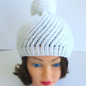 Knit snow white swirl hat, beautiful warm, cozy beanie with big pompom