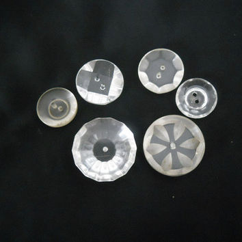 Vintage Lucite Button Lot - 6 Clear Lucite Buttons - 1940s 1950s