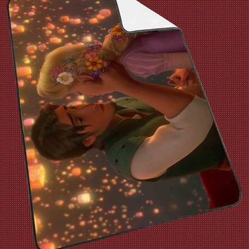 """Tangled Rapunzel and Flynn Kids Blanket Game Blanket All Character Popular Game, Cute and Awesome Blanket for your bedding, Blanket fleece """"NP"""""""