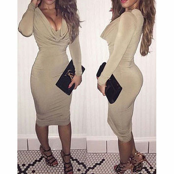 Fashion low-cut tight long-sleeved dress