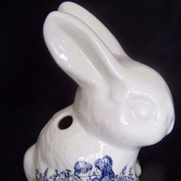 Vintage Blue and White Transfer Bunny Rabbit Toothbrush or Pen Holder Children Playing