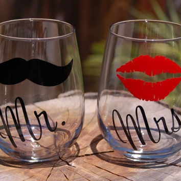 Mr. and Mrs.Personalized Stemless Wine Glasses - Customized with Lips and Mustache - Perfect as a Gift to a Bride and Groom