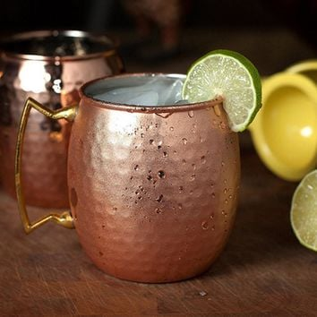 Behokic 2Pcs 530ml Stainless Steel Copper Plating Hammered Drum Style Moscow Mule Beverage Mug with Handle Beer Coffee Coffe Cup