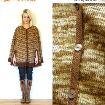 CYBER MONDAY SALE 70s vintage poncho / 1970s hippie cape / boho bohemian sweater /Brown knit / Fall