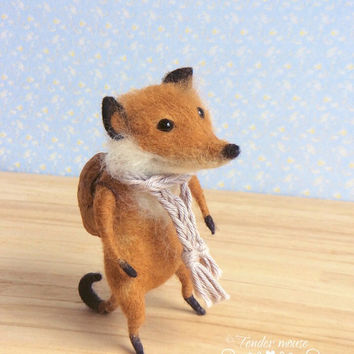 Felted fox, cute fox, fox, waldorf doll, fairytale figurine, needle felt, stuffed toy, felt ornement, tender mouse