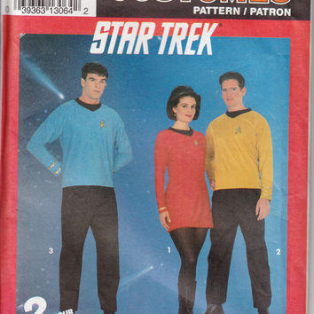 Star Trek Orig Uniform Pattern, Simplicity Costume Pattern 8028 Size A Uncut, Halloween, Cosplay, Role Play, 3 Starfleet Insignia Iron On's