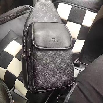 LV Louis Vuitton MEN'S MONOGRAM LEATHER CHEST PACK BAG CROSS BODY BAG