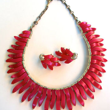 Thermoset LISNER Necklace Earrings Set, Fuschia Red, Signed Vintage