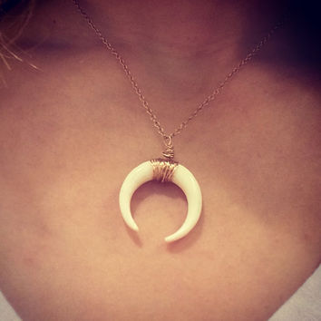 Double Horn Tusk Necklace, Rose gold, Hand Carved