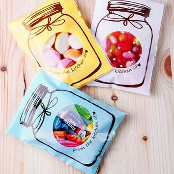 2016 new 100Pcs Plastic Transparent Cellophane Candy Cookie Gift Bag Self Adhesive Pouch Wedding Birthday Party Supplies