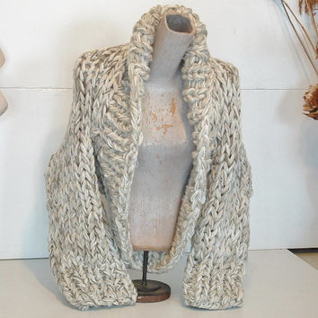 Chunky knit shrug crop cardi cardigan sweater shawl collar small extra small women in pale neutral tweed