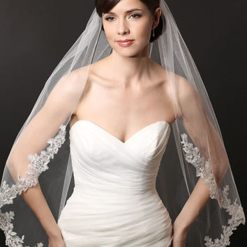V7221 Metallic Beaded Lace Single Layer Veil