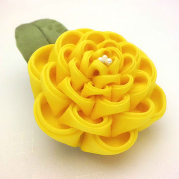 Large Yellow Flower Hair Clip/ Kanzashi Inspired/ Yellow Flower Corsage/ Brooch/ Fascinator/ Wedding/ Prom/ Kimono/ Gift for Her/ OOAK