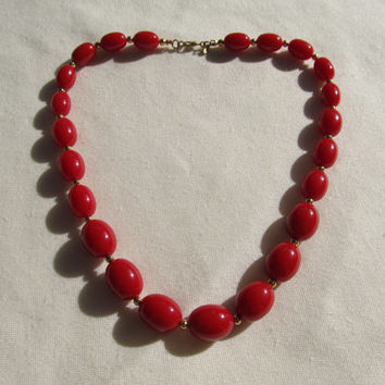MONET 1970s-80s Red Bead Necklace
