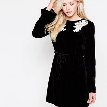 Motel Hailia Velvet Dress With Lace Detail