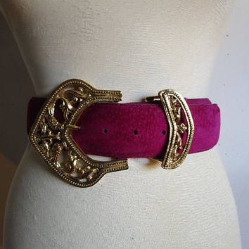 80s Ultraviolet Danier Belt Peacock Buckle Suede Leather Belt Medium Ceinture en Daim Moyen