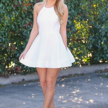 Bow Me a Kiss Dress - Ivory