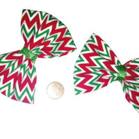 Red and Green Chevron Hair Bows, Holiday bows, Christmas gifts, stocking stuffers, christmas bows, christmas hair accessories, pigtail bows,