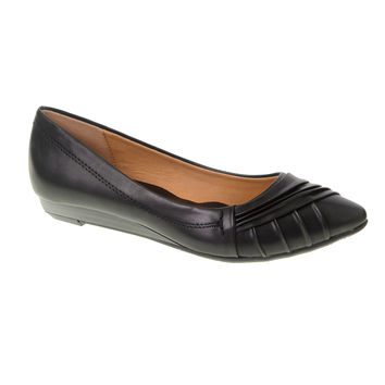 CL by Laundry Saleema Shoes in Black Vegan Leather