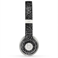 The Black & White Floral Lace Skin for the Beats by Dre Solo 2 Headphones